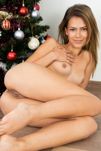 Model Laura Angelina in Cumming For Christmas