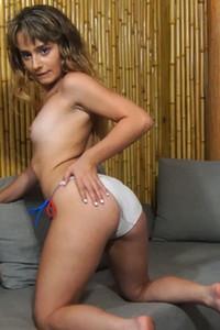 Model Anna Mae in Tropical Teasing