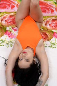 Model Juicy Leila in Oh Snap